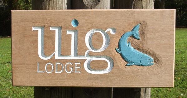 Uig Lodge Handmade Wooden Sign