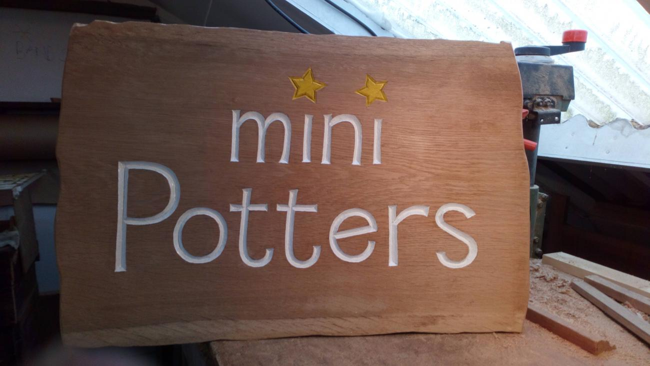 wooden sign - mini potters