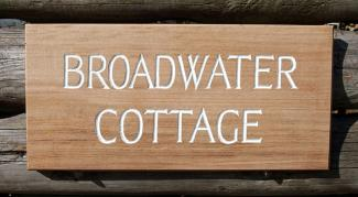 Broadwater Cottage Handmade Wooden Sign